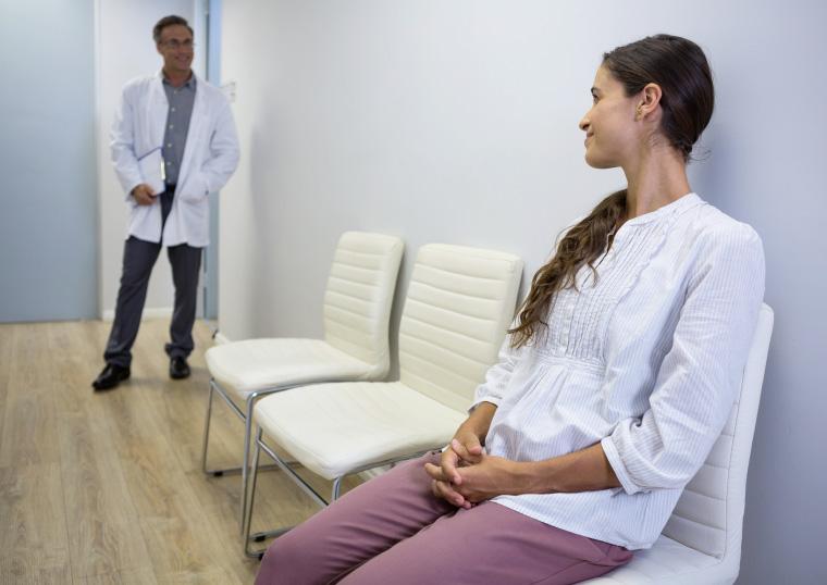 AiroDoctor-Luftreiniger-Arzt-Praxis-Wartezimmer-Air-Cleaner-Doctors-Waitingroom-760x538